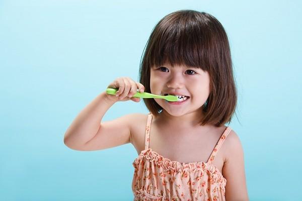 Vệ sinh răng sạch sẽ 1