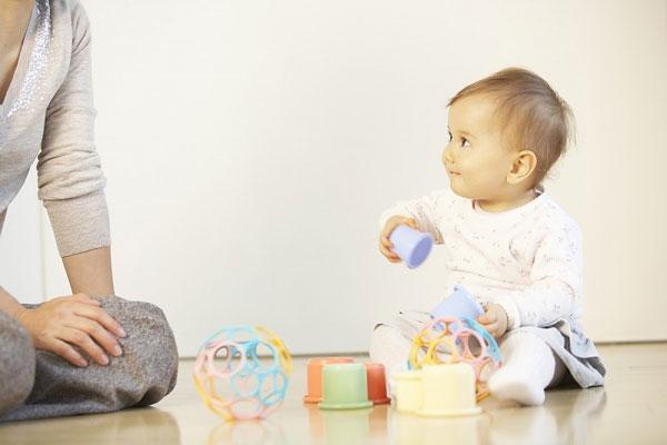 tăng cường hệ miễn dịch bằng cách cho trẻ vận động