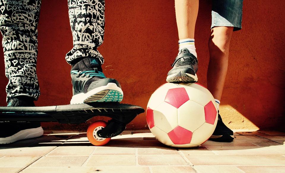 để trẻ chơi thể thao, thể dục thường xuyên