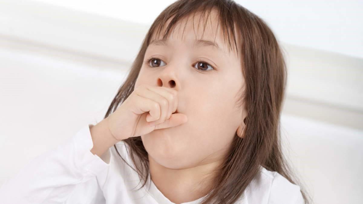 viêm họng hạt gây khó chịu cho người bệnh