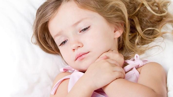 Dấu hiệu nhận diện bệnh viêm amidan ở trẻ