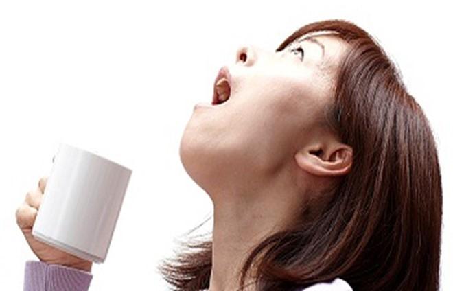Điều trị viêm amidan đơn giản tại nhà 1