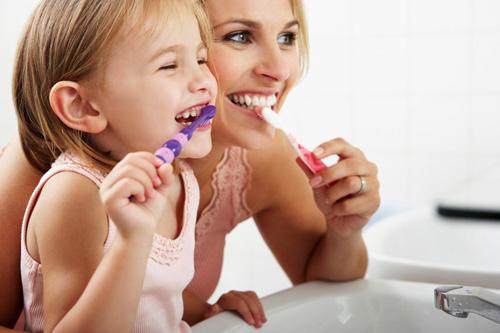 Giữ vệ sinh răng miệng 1