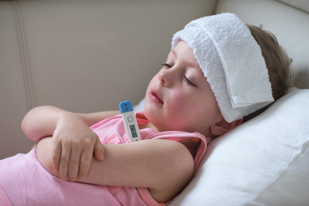 cách chữa trị khi trẻ bị viêm amidan