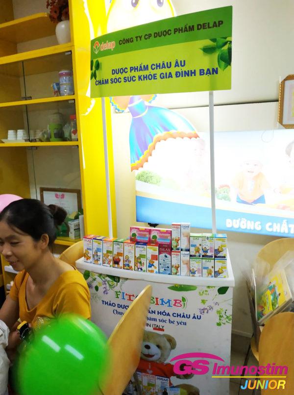 GS Imunostimnhận được sự quan tâm của đông đảo các bậc cha mẹ tại chương trình